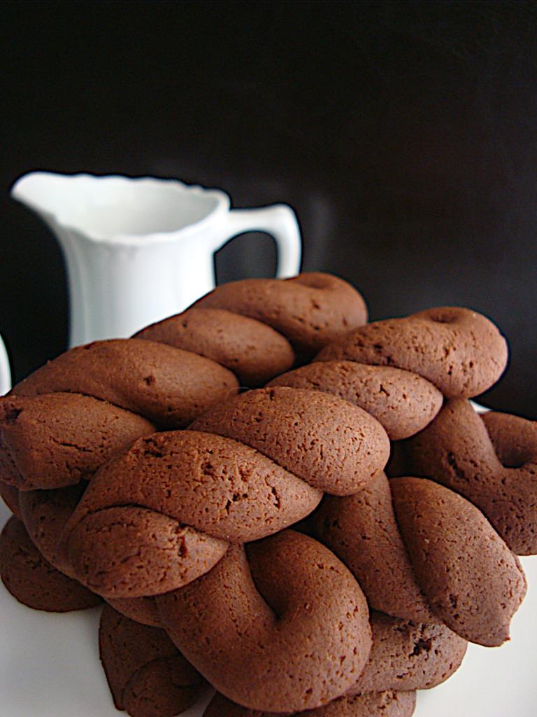 Koulourakia-kakao-me-elaiolado-3
