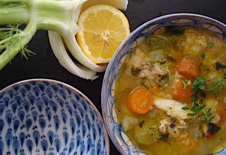 Ψαρόσουπα-με-αρωματικά-και-λαχανικά