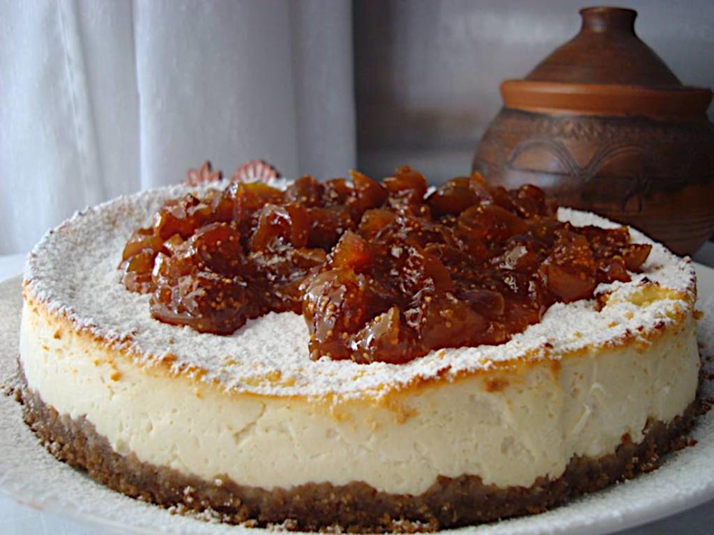 Tsizkeik-me-anthotiro-kai-marmelada-sika-1