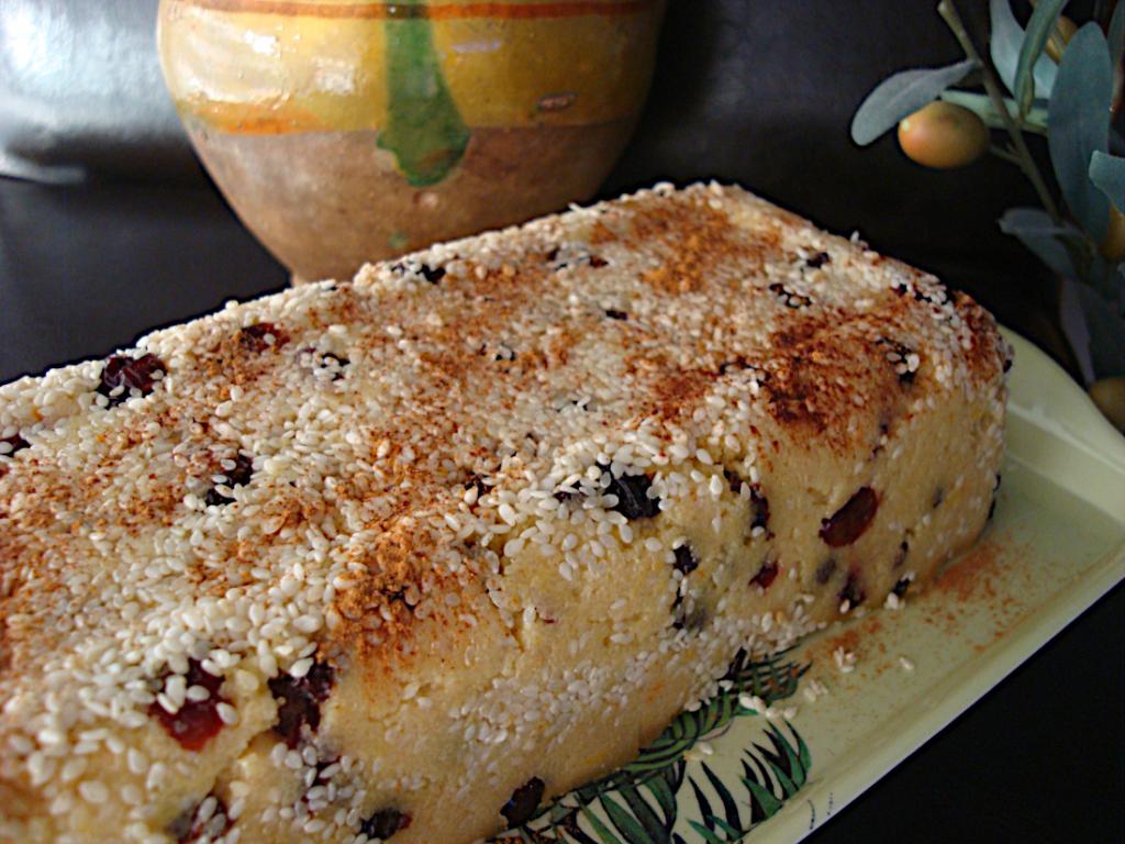 Xalvas-me-stafides-cranberries-kai-tachini-2