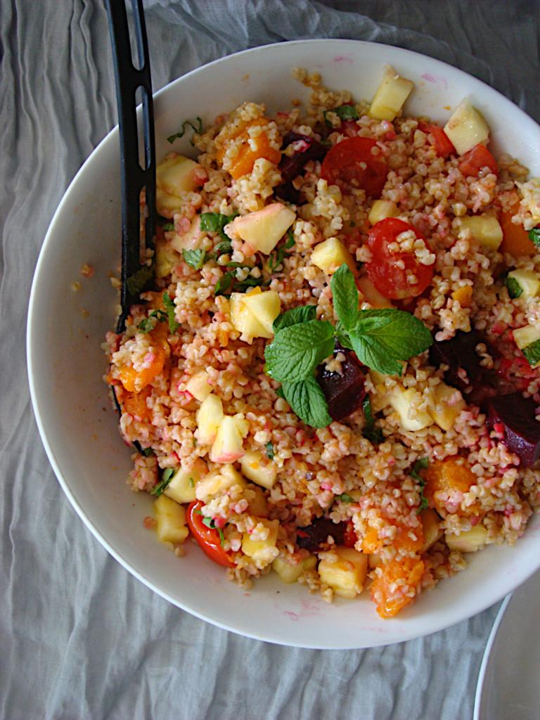 kotopoulo-phito-me-pligouri-salata-3