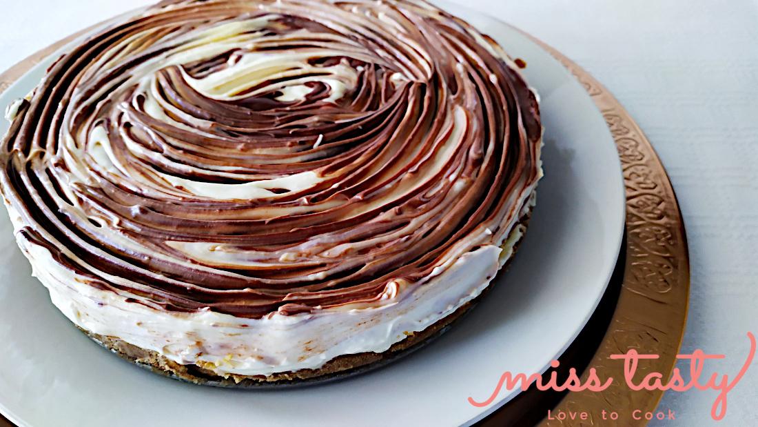 Cheesecake-leukh-mavrh-sokolata-1