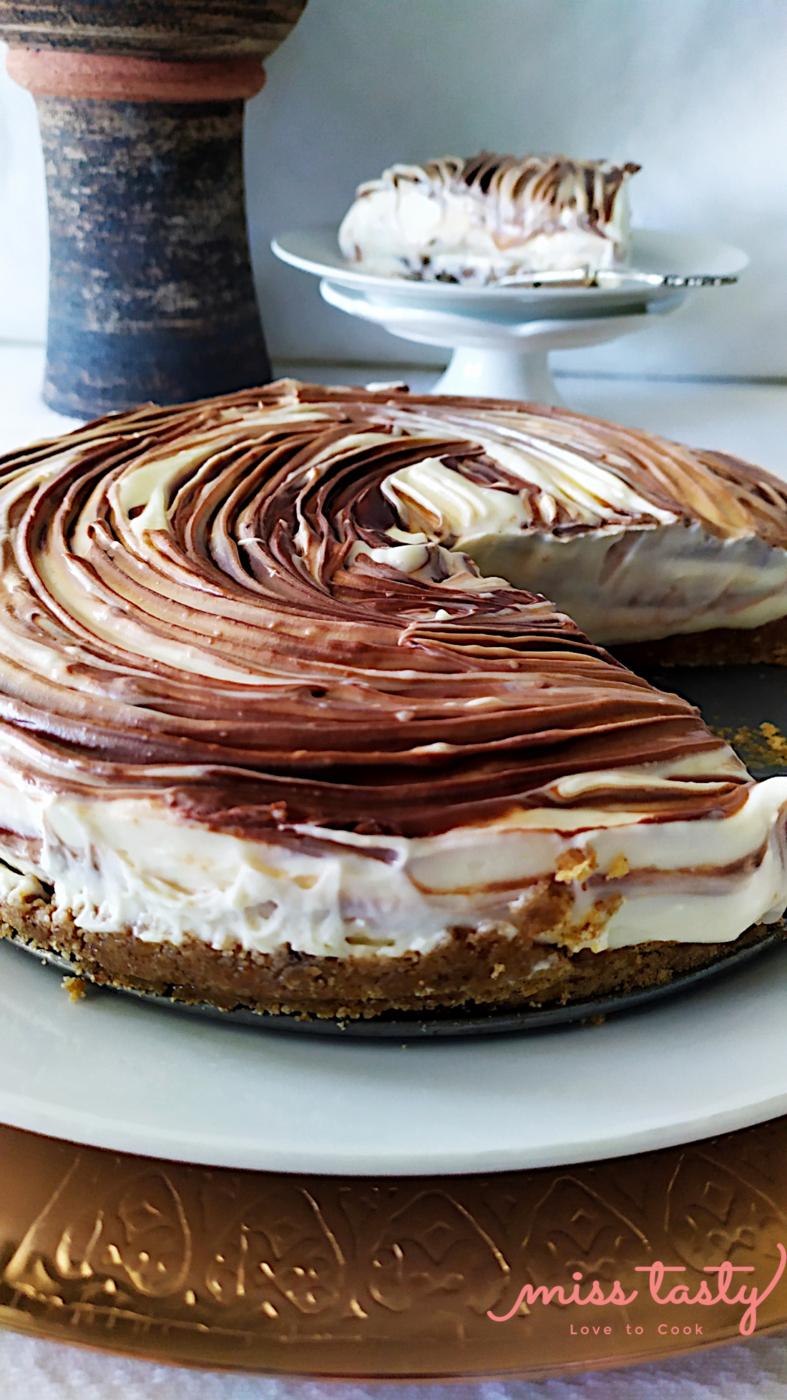 Cheesecake-leukh-mavrh-sokolata-4