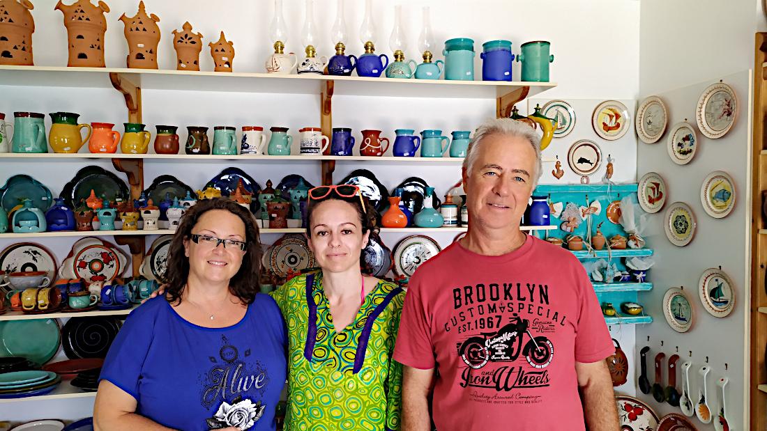 Ta-keramika-tou-frazeskou-lemonh-sth-sifno-3