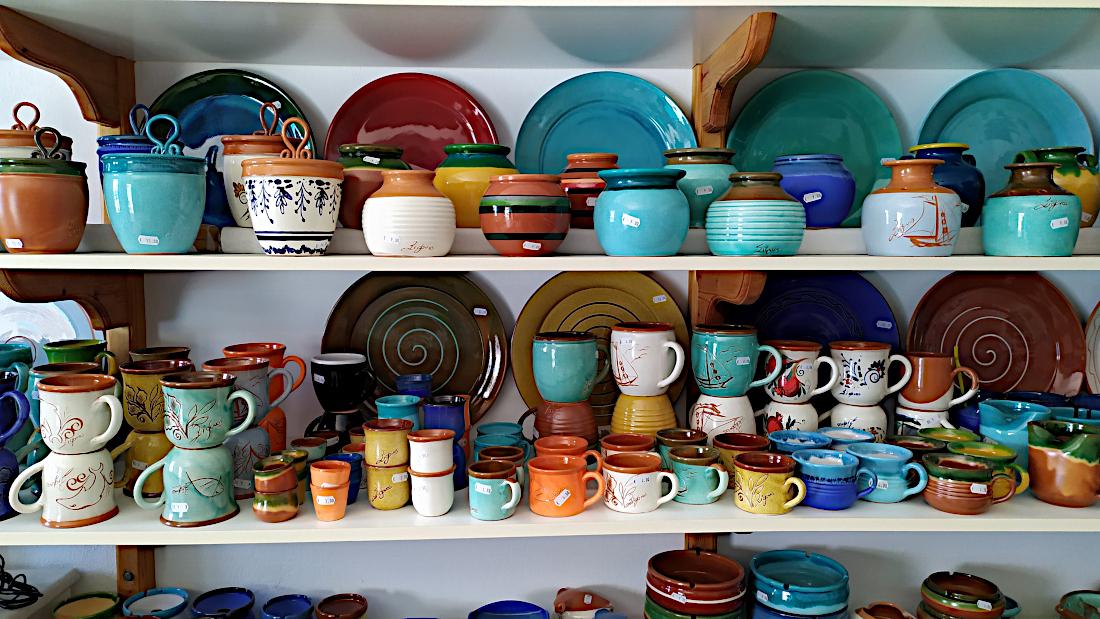 Ta-keramika-tou-frazeskou-lemonh-sth-sifno-4