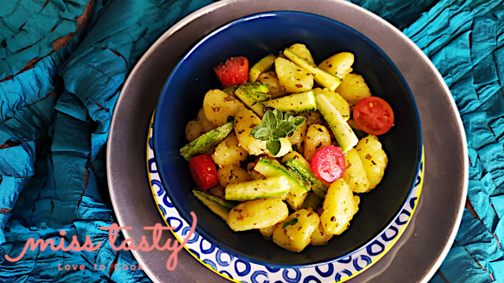 Nioki-patatas-pesto-kolokuthakia-1