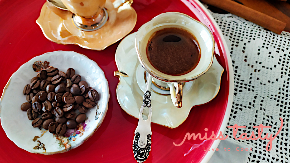 ellhnikos-kafes-taxini-cacao-2